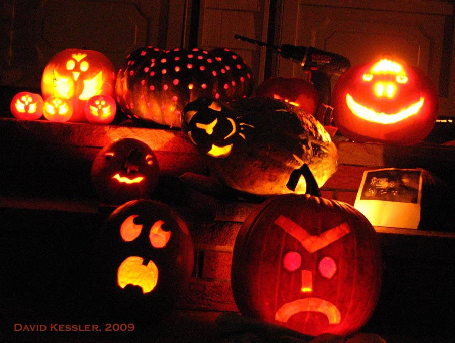 pumpkin carving, 2009
